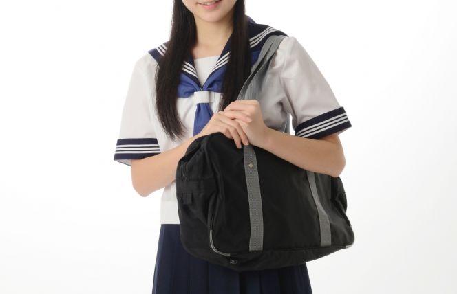高校 オープンスクール 服装 本人